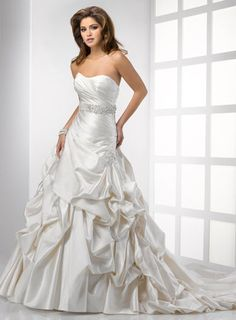 FEATURED SALE BRIDAL GOWN - Enchanted Evening