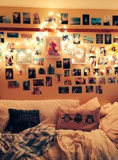 Dorm room ideas that will make your dorm room the hippest in your dorm. Our editors came up with the ideas for your dorm room and we update it regularly. College Apartments, College Dorm Rooms, Woman Bedroom, Dream Bedroom, Dream Rooms, Dorm Life, College Life, College Dorm Decorations, Room Decorations
