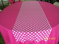 Minnie Mouse X Hot Pink with White Polka Dot Birthday Party Table Runner Only Polka Dot Theme, Polka Dot Birthday, Polka Dot Party, Minnie Birthday, Polka Dots, Rainbow Birthday, 60th Birthday, Sashimi, Minnie Mouse Theme Party