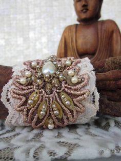 Bracelete de Renda Vintage