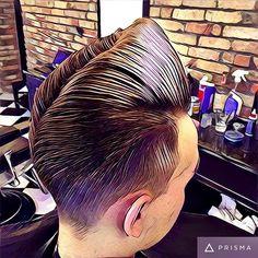 Modern Pompadour, Hair Pomade, Men's Hair, Cool Haircuts, Ducks, Rockabilly, Hair Cuts, Queen, Videos
