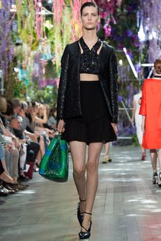 Christian Dior Spring 2014 Ready-to-Wear Fashion Show - Manon Leloup