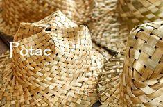 Traditional flax weaving - Allflax by Wendy Naepflin, New Zealand Flax Weaving, Wicker Baskets, Traditional, Maori