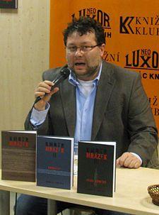 Jaroslav Kmenta-Série Kmotr Mrázek
