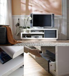 Stylish TV unit / Stiilne TV-alus