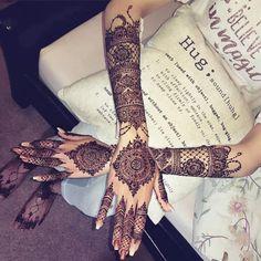 Latest Full Hand Mehandi Designs You Must Love To Try – Mehandi Designs 2019 – 2020 – Henna 2020 Wedding Henna Designs, Back Hand Mehndi Designs, Indian Mehndi Designs, Henna Art Designs, Mehndi Designs For Girls, Simple Mehndi Designs, Tattoo Designs, Mehandi Designs, Mehendi