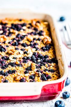 Blueberry Baked Oatmeal is an easy and healthy breakfast you can prep the night before and bake in the morning. Low in fat and added sugar free, it's a clean eating meal the whole family will enjoy - you'll only have to cook one dish even if you're on the Trim Healthy Mama plan yourself. Just add plenty of nuts or nut butter - or even some actual butter! - to the portions of your growing kids. | #trimhealthymama #thm #lowfat #cleaneating #sugarfree #breakfast #healthyrecipes #healthy…