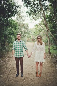 Picnic Engagement Session from Trigger Happy Images