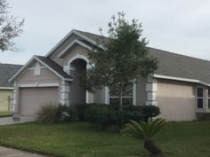 Certainteed Weatherwood shingle roof in Central Florida. Installed by Gulf Western Roofing.   www.gulfwesternroofing.com