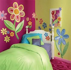 awesome lil girl room idea! great colours.