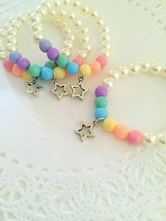SET of TEN. Rainbow bracelet rainbow party favor by buysomelove Little Girl Jewelry, Baby Jewelry, Kids Jewelry, Beaded Jewelry, Handmade Jewelry, Beaded Necklace, Unique Jewelry, Custom Jewelry, Kids Bracelets