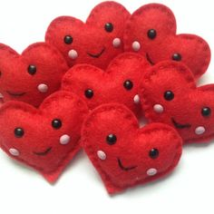 Cute kawaii felt heart brooch valentines by Sewkidding on Etsy, Felt Christmas Decorations, Felt Christmas Ornaments, Valentines Day Decorations, Valentine Day Crafts, Holiday Crafts, Heart Crafts, Felt Brooch, Felt Hearts, Felt Toys