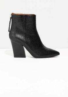 & Other Stories | Anaconda Ankle Boots https://myminimalwardrobe.wordpress.com/