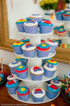 cupcake circo  Ideias do Studio: Festa pronta: circo [menina]