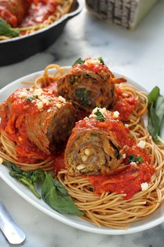 Sunday Suppers: Sicilian Braciole - Baker by Nature Pasta Recipes, Beef Recipes, Dinner Recipes, Cooking Recipes, Dinner Ideas, Healthy Recipes, Beef Dishes, Pasta Dishes, Pasta Food