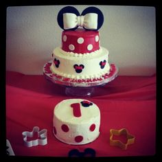 Minnie Mouse First birthday cake and smash cake!