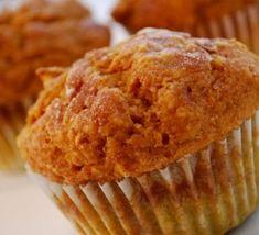 Pumpkin Muffins Recipe using Voskos Greek Yogurt.I use homemade Greek yogurt.they're pretty tasty and the texture is more like cake than muffin. Yogurt Muffins, Protein Muffins, Pumpkin Muffin Recipes, Greek Yogurt Recipes, Greek Yoghurt, Dessert Recipes, Desserts, Sweet Bread, Sweet Tooth