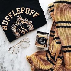 Hufflepuf Hufflepuf,Harry Potter Hufflepuf Related posts:That's pretty cool - wizardPadfoot wouldn't be pleased knowing I f*cking stole his wand. - wizardListe der 22 besten lustigen Meme Harry Potter in Woche . Hufflepuff Pride, Ravenclaw, Harry Potter Universal, Harry Potter Hogwarts, Magie Harry Potter, Harry Potter Outfits, Harry Potter Wallpaper, Hogwarts Houses, Hogwarts Alumni