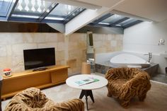 Suite im Yndo Hotel - Einfach wohlfühlen Bordeaux, Be Perfect, Beach, Travel, Life, Food, Viajes, Simple, Tips