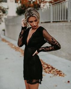15 black dresses that you can wear on any occasion; you'll look glamorous dinner outfit 15 black dresses that you can wear on any occasion; you'll look glamorous Black Dress Outfit Party, Little Black Dress Outfit, Lace Dress Black, Little Black Dress Classy, Outfit Summer, Little Black Dresses, Long Sleeve Black Dress, Low Cut Black Dress, Dress Lace