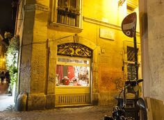 Rome, Trastevere, photographed with passion by www.gillyfish.com Rome Trastevere, Beautiful Images, Passion