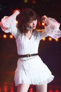 Yuri, Honda, Sakura Miyawaki, Kagoshima, Black Pink Kpop, Japanese Girl Group, Stage Outfits, All White, Photo Poses