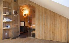 vestavěná sauna Klafs v podkrovním prostoru Indoor Sauna, Divider, Building, Room, Furniture, Home Decor, Bedroom, Decoration Home, Room Decor