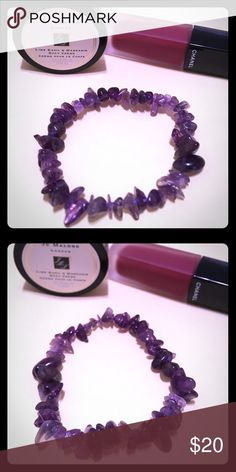 Brand New Purple Petty Crystal/Pebble Bracelet Bought it from a vintage boutique in Manhattan NY, never wear it. Branded as FreePeople for more exposure♠️♠️Really pure and pretty mysterious purple😍😍Rare amd Unique🔮🔮The bracelet is stretchy, so the length is quite flexible. I also have Swarovski Charm and other bracelet on listings, bundle to save more!🎉🎉 Free People Jewelry Bracelets