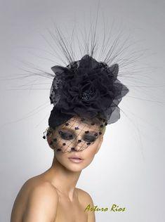 Black Couture Fascinator, Cocktail hat, Derby Hat, Headpiece, Couture Hat
