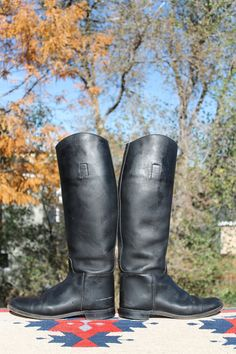 vtg. tall equesterian riding boots MARLBOROUGH womens size UK 8.5 US 10 to 10 1/2. $55.00, via Etsy.