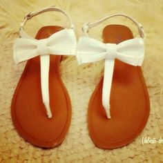 Sandals with bows!