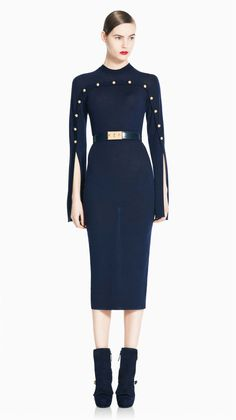 Welcome to the official online flagship for the Alexander McQueen fashion house. Discover designer clothing and accessories for men and women. Couture Fashion, Runway Fashion, High Fashion, Womens Fashion, Alexandre Mcqueen, Navy Gown, Day Dresses, Beautiful Dresses, Beautiful Life
