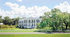 Nottoway Plantation, White Castle, LA. Completed in 1859 for the John Hampden Randolph family by architect Henry Howard in the Greek Revival + Italianate style for which he was renowned. John was born in Virginia, 24.3.1813 + married his wife Emily Jane Liddell, 14.12.1837. They had 11 children. Randolph devoted most of his time to the plantation + managing the slaves. Nottoway survived the American Civil War with only a single grapeshot to the far left column. Listed NRHP 1980.