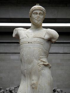 The Motya Charioteer, made by a Greek sculptor in Sicily, about 460-450 BC, found in 1979 on the Sicilian island of Motya (Mozia),  Winning at the ancient Games, British Museum | da Following Hadrian