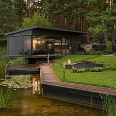 Container Home Designs, Modern Exterior, Exterior Design, Residential Architecture, Architecture Design, Container Architecture, Casas Containers, Design Apartment, Shipping Container Homes