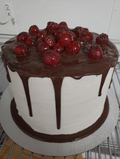 3 layer Chocolate Cherry Cake. Beautifully delicious! Chocolate Cherry Cake, Bakery, Sweets, Desserts, Food, Tailgate Desserts, Deserts, Goodies, Bread Store