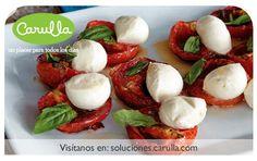 Ensalada Caprese con tomates asados