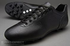 choice on my wish list. The Pantofola d'Oro Lazzarini - FG Black. This would be my second pair of Golden Slippers! I love the fact that these boots are completely black. Notorious much? Soccer Boots, Football Boots, Soccer Cleats, Football Soccer, Wishlist Christmas, Derby, Oxford Shoes, Dress Shoes, Slippers