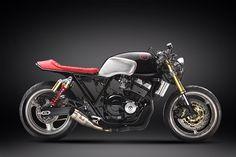 Honda CB400SF cafe