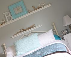 starfish beach bedroom- like the simple shelf w frame and letter.