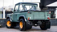 Land Rover Defender - Khan 2.2   Cool Material