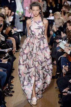 Giles Spring 2014 Ready-to-Wear Fashion Show - Marina Nery Runway Fashion, Fashion Show, Fashion Design, London Fashion, Fashion 2014, Fashion Weeks, Fashion Fashion, London Spring, Spring 2014