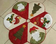 Patchwork Navidad Ideas Manualidades New Ideas Christmas Patchwork, Christmas Applique, Christmas Sewing, Felt Christmas, Christmas Projects, Holiday Crafts, Christmas Stockings, Christmas Ornaments, Christmas Trees