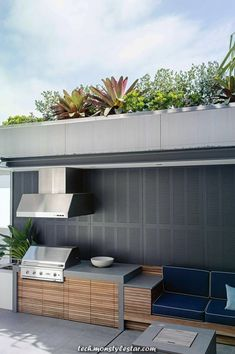 outdoor-entertaining-garden-feature-harbour-views-Matt-Cantwell-Secret-Gardens Relaxing Outdoor Kitchen Ideas for Happy Cooking & Lively Party Simple Outdoor Kitchen, Outdoor Kitchen Cabinets, Outdoor Kitchen Design, Outdoor Kitchens, Kitchen Modern, Outdoor Areas, Outdoor Rooms, Outdoor Living, Outdoor Furniture Sets