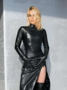 Leather Mini Dress, Black Leather Gloves, Leather Dresses, Leather Pants, Sexy Outfits, Fashion Outfits, Womens Fashion, Looks Pinterest, Leder Outfits