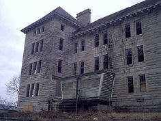 creepylittleworld: The Bartonville Insane Asylum, also known as the Peoria State Hospital or the Illinois Asylum for the Incurable Insane h...