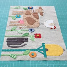 60 Ideas crazy quilting templates for 2019 Quilting Templates, Quilting Designs, Quilting Ideas, Crazy Quilting, Embroidery Designs, Farm Animal Quilt, Farm Quilt, Modern Quilt Patterns, Quilt Patterns Free