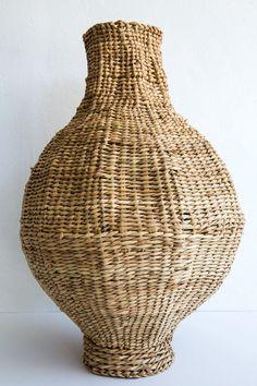 design afrika short neck basket