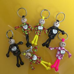 Best 11 Paracord people keychain – stocking stuffer – paracord accessories – paracord keychain – team color keychain – custom keychain NEW item! Little paracord people! Paracord Knots, Paracord Keychain, Diy And Crafts, Crafts For Kids, Arts And Crafts, Paracord Accessories, Macrame Projects, Macrame Patterns, Micro Macrame