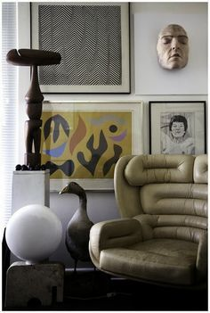 The Elda Chair was designed by Joe Colombo in 1960s Italy.